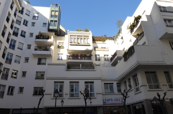 bâtiment ouvert (Bernard)