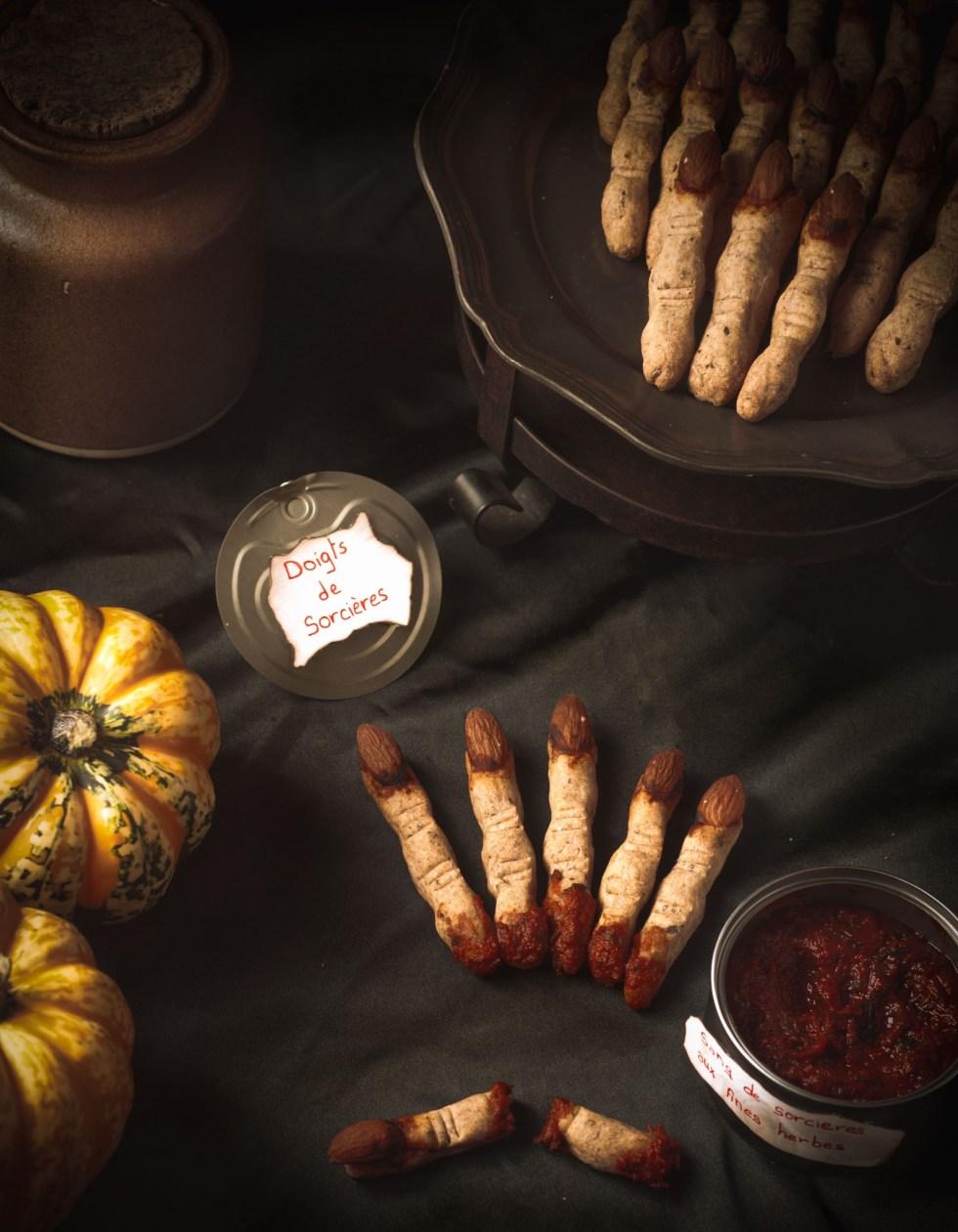 Halloween Party – #1 Doigts de sorcières et sang de sorcières aux fines herbes {vegan, IG bas}