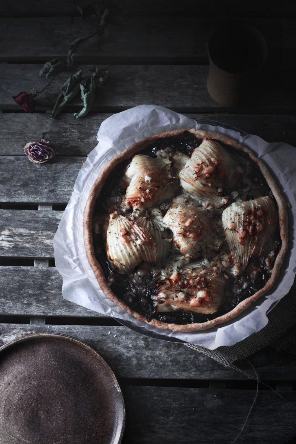 tarte, fenouil, oignons rouges, confit, bleu de brebis, fromage, Pyrénées, montagnes, gratiné, mai, printemps
