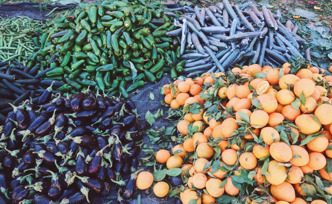 Fruits et légumes au marché à Tiznit