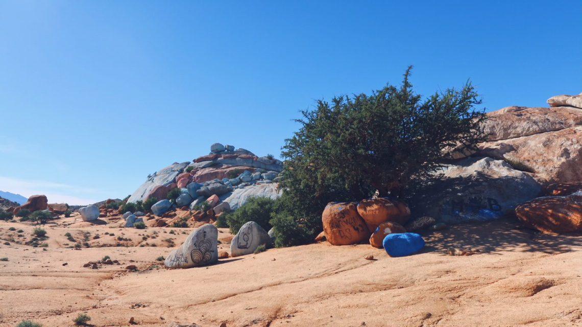 Voyage au Maroc Tafraout rochers peints Jean Vérame