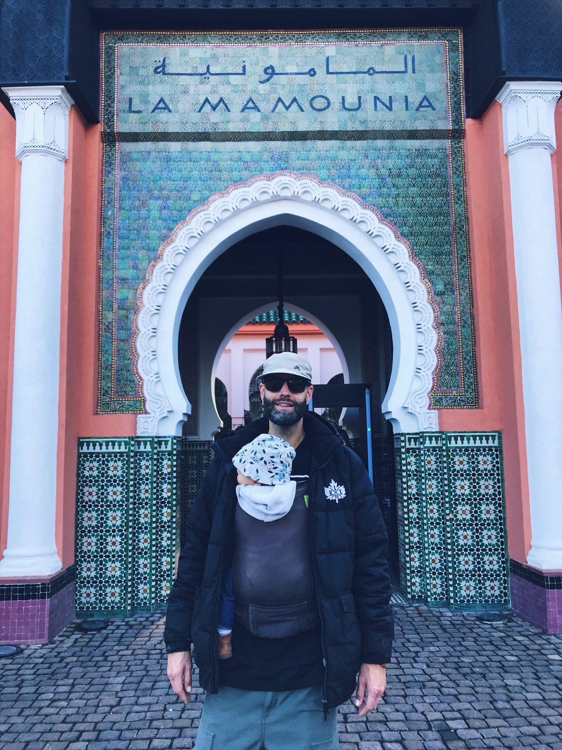 Voyage au Maroc Marrakech devant la mamounia