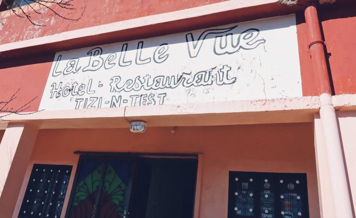 Voyage au Maroc Tizi-n-Test hôtel restaurant La Belle Vue