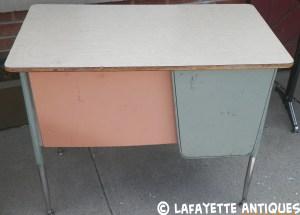 metal_desk_front