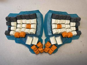 picture of a dactyl hot swap keyboard. not made by A. Lee