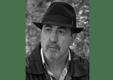 El escritor Miguel Sánchez Robles