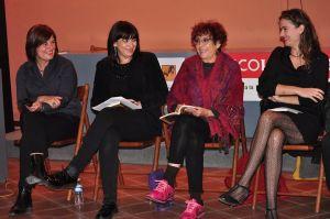 Las tres autoras con Maruja Torres, presentadora del acto en Barcelona