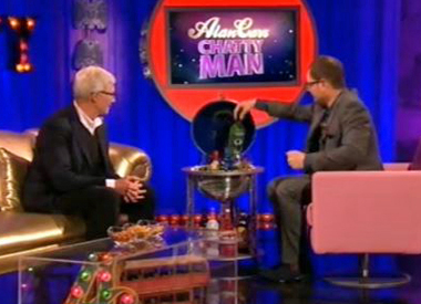 Alan Carr and Paul O'Grady drink NV Absinthe Verte on TV