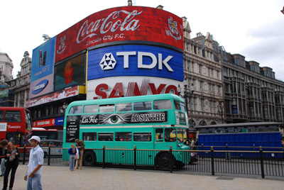 La Fée at Piccadilly Circus