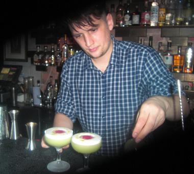 La Fée samphire sour cocktail