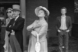 Eton v versus Harrow Schools Cricket Match parents 1970s British Society UK, 1975. ©Homer Sykes/Courtesy Les Douches la Galerie