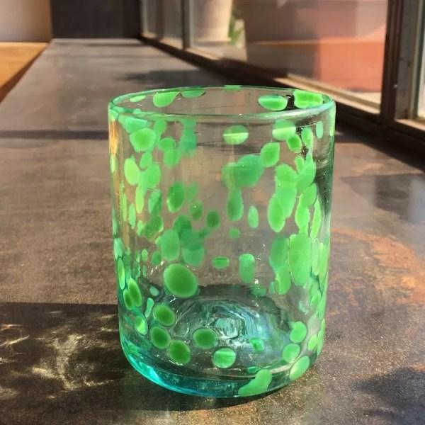 Vaso escamas verdes vidrio soplado mallorca