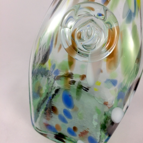 botella de puntos de colores detalle