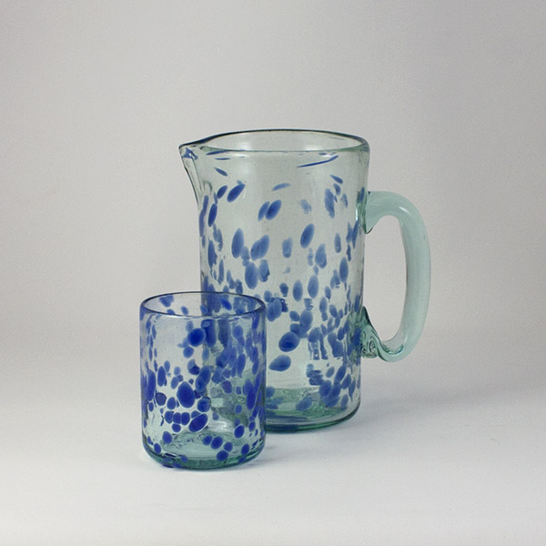 Jarra y Vaso de la Colección Mar Azul - Glasses with Colour and Style