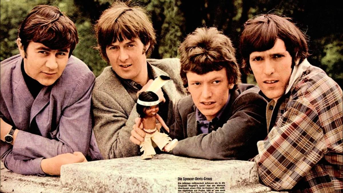 Ladies and gentlemen… The Spencer Davis Group ! (Applause)