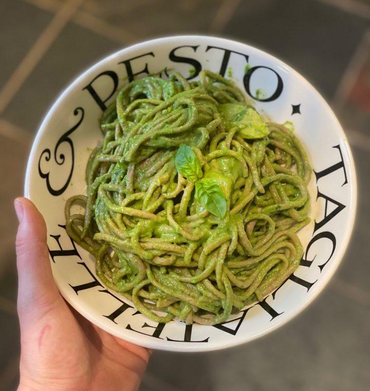Green Pesto Pasta 🍃