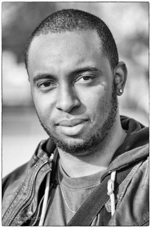 https://lafrolesite.wordpress.com/2015/12/13/audio-regionales-pourquoi-je-ne-vote-pas/ #REGIONALES : Pourquoi il s'abstient crédits : Tekoa photos