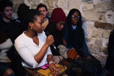 Aurore, qui découvrait le blog, dit ne pas avoir subi de discriminations, ni de problèmes, mais se dit conscientisée sur les problèmes