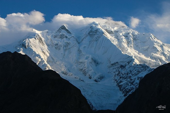 Rakaposhi - View from across the valley.jpg