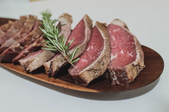 C:\Users\zubai\Downloads\eat-food-foodie-meat-steak-1570939-pxhere.com.jpg