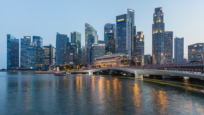 File:Skyline of the Central Business District of Singapore with Esplanade Bridge in the evening.jpg