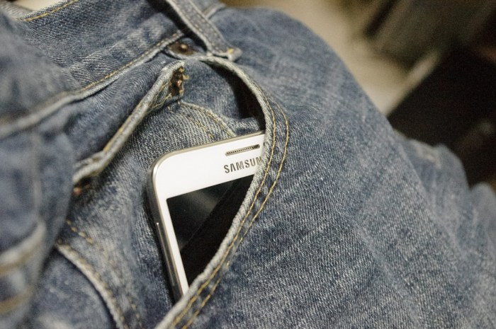 C:\Users\Zubair\Downloads\denim-trousers-885497_1280.jpg