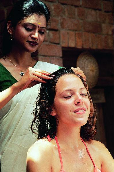 File:Head massage.jpg