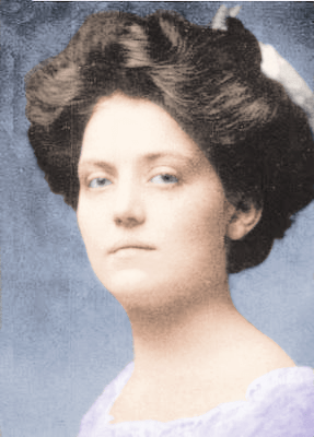 File:Violet Jessop in color.png