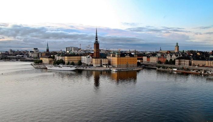 C:\Users\Zubair\Downloads\stockholm-summer-5385185_1920.jpg