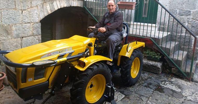 """LAG """"ADRION"""" financira kupnju nove poljoprivredne mehanizacije – OPG Radovčić Jure iz Omiša"""