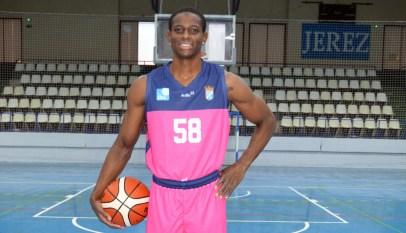 58 Uchechi Ogbona rosa horizontal Xerez Club Deportivo de Baloncesto