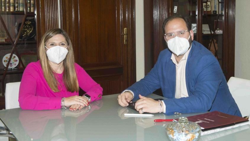 Castellar Irene García y Adrián Vaca
