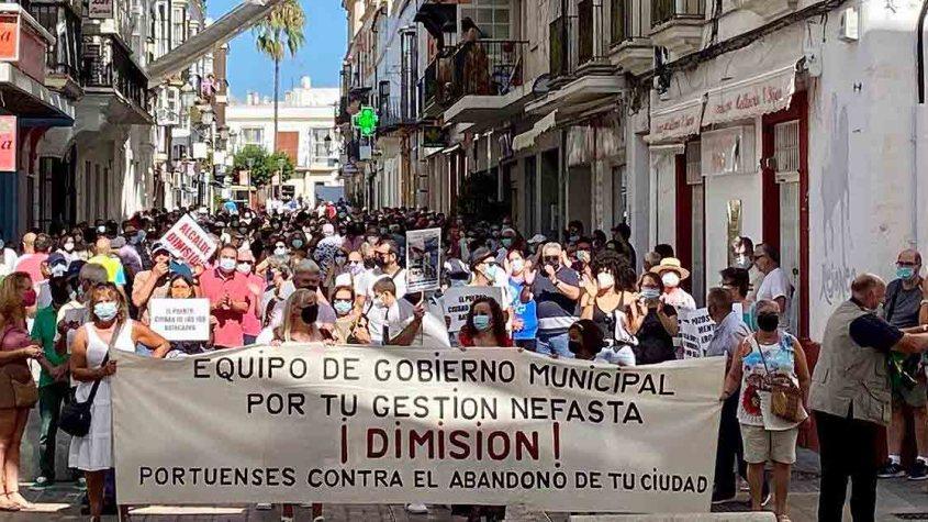 manifestacion-en-El-Puerto-contra-Beardo