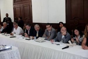 Descentralización del Estado, Acuerdan fórmula solidaria para municipios con menos ingresos