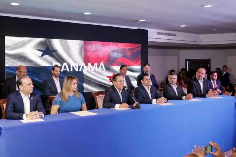 Cortizo presentó 9 miembros de su equipo de gobierno