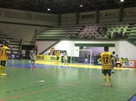 Com dois gols de Lenísio, Lagarto goleia Riachão do Dantas pela Copa TV Sergipe de Futsal (Foto: Guilherme Fraga / TV Sergipe)