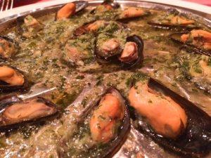 mejillones con patatas fritas, turismo brujas, viaje a bruselas