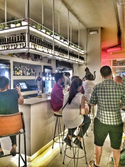 madriz hop republic, cerveza artesanal, cervezas, cervezas españolas, chamberi, craft beer, verano en madrid, madrid, planes con amigos, planes en madrid