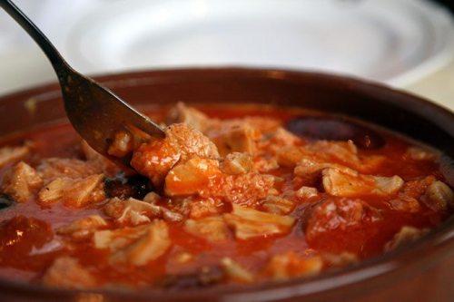 platos de cuchara, platos de invierno, platos de cuchara españoles, cocina tipica españa, gastronomia española, callos a la madrileña, cruz blanca de vallecas