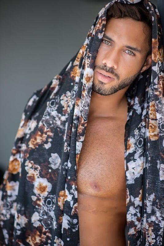 Ramon-Jorge-Male-Beauty-Viny-Soares-Burbujas-De-Deseo-07