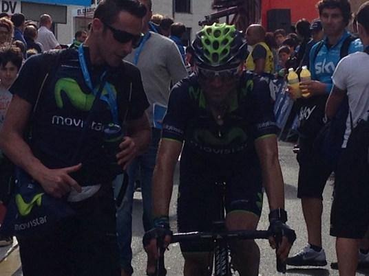 Alejandro Valverde (Movistar) passe à deux doigts de la gagne.