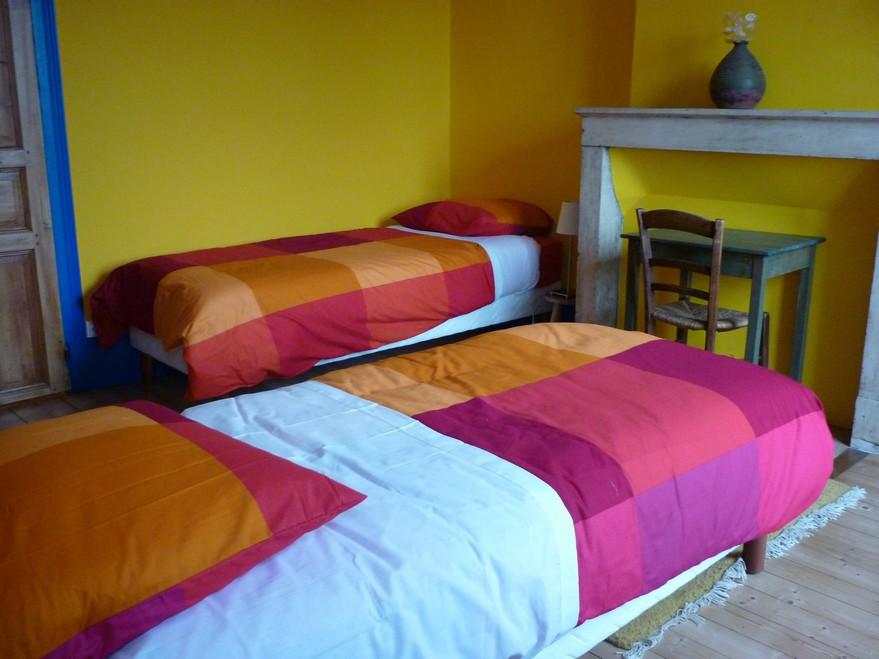 chambres d'htes la Gémuloise chambre côté vignes