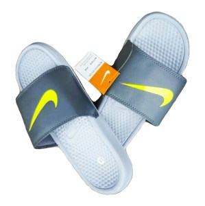 Nike slides - lami's collection