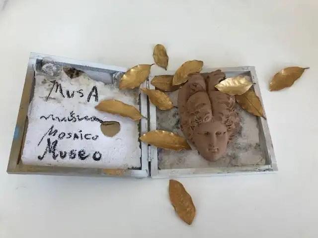 Musa: libro del artista.
