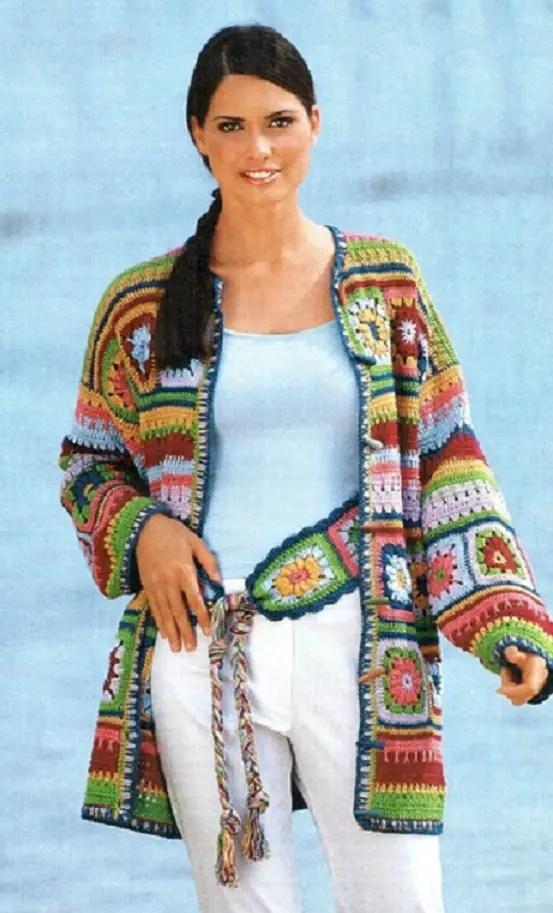 Une veste avec des granny multicolores