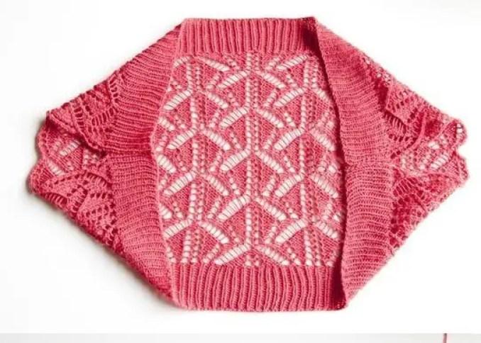 un boléro juste ce qu'il faut au tricot