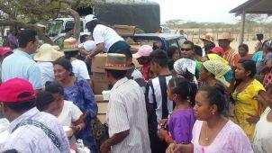 Comunidades de Manaure, ubicadas en el corregimiento de Aremashain, resultaron beneficiadas con la entrega de alimentos por parte de la empresa Electricaribe y sus contratistas.