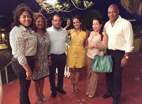 Delegación de Riohacha con el equipo de trabajo de la oficina de turismo de Curacao.
