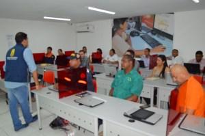 Aspecto de la capacitación que se realizó en Undas sobre prevención y atención de desastres.