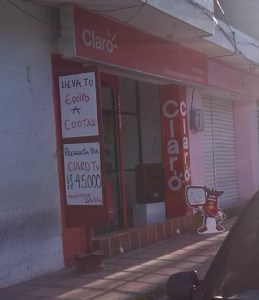 dos-ciudadanos-venezolanos-atracaron-la-oficina-de-claro-en-maicao-y-se-llevaron-el-1